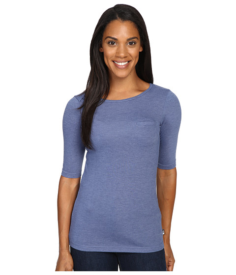 The North Face Long Sleeve Flashdry Pocket Tee