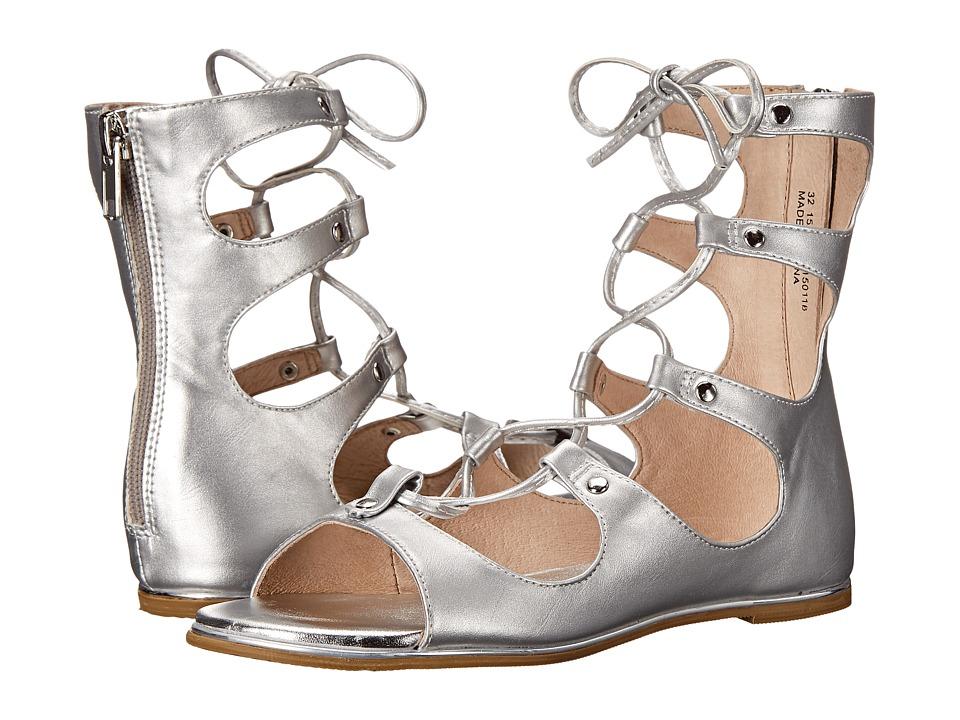 Amiana - 15-A5391 (Little Kid/Big Kid/Adult) (Silver Pearl Metallic) Girls Shoes