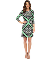 Donna Morgan - 3/4 Sleeve Printed Jersey Shift Dress