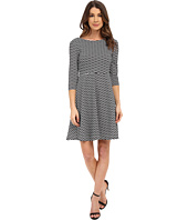 Donna Morgan - 3/4 Sleeve Wavy Knit Fit and Flare Dress