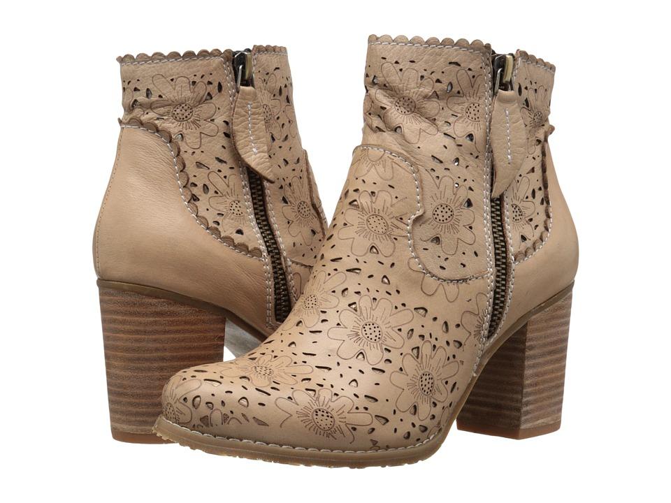 Spring Step Baoli Beige Womens Shoes