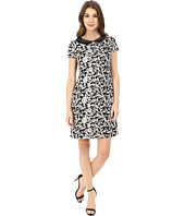 Jessica Simpson - Jacquard Shift with Collar