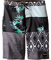 O'Neill Kids - Hyperfreak Eclectic Boardshorts (Big Kids)
