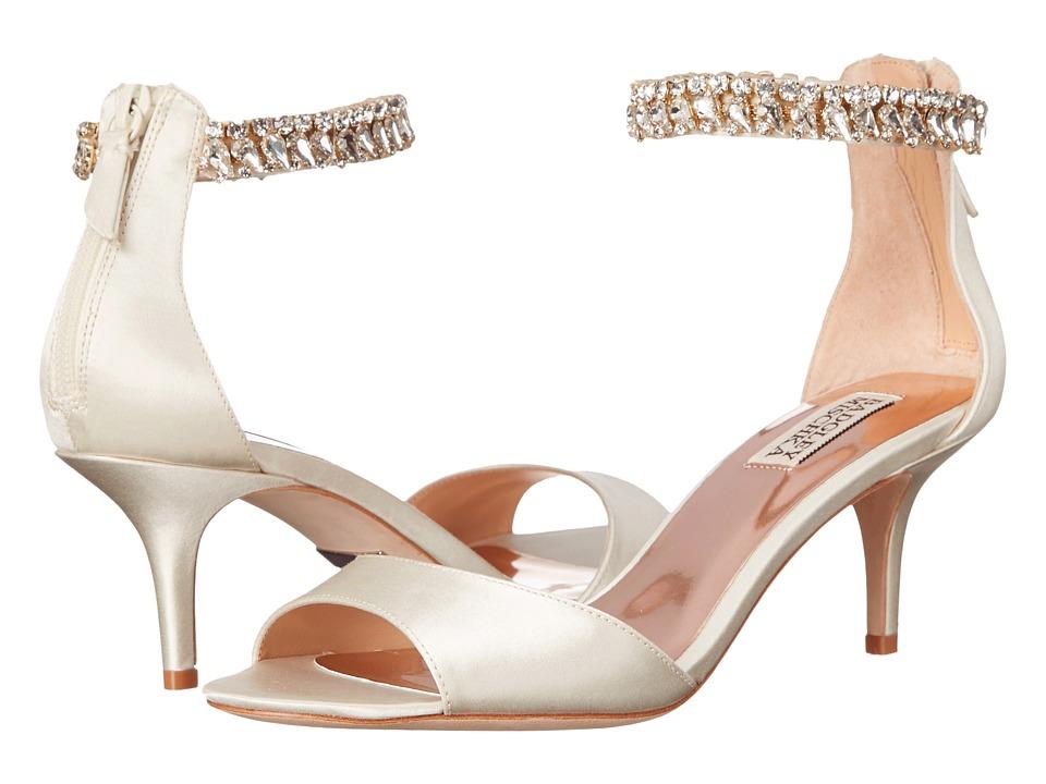 Badgley Mischka Angel Ivory Satin Womens 1 2 inch heel Shoes