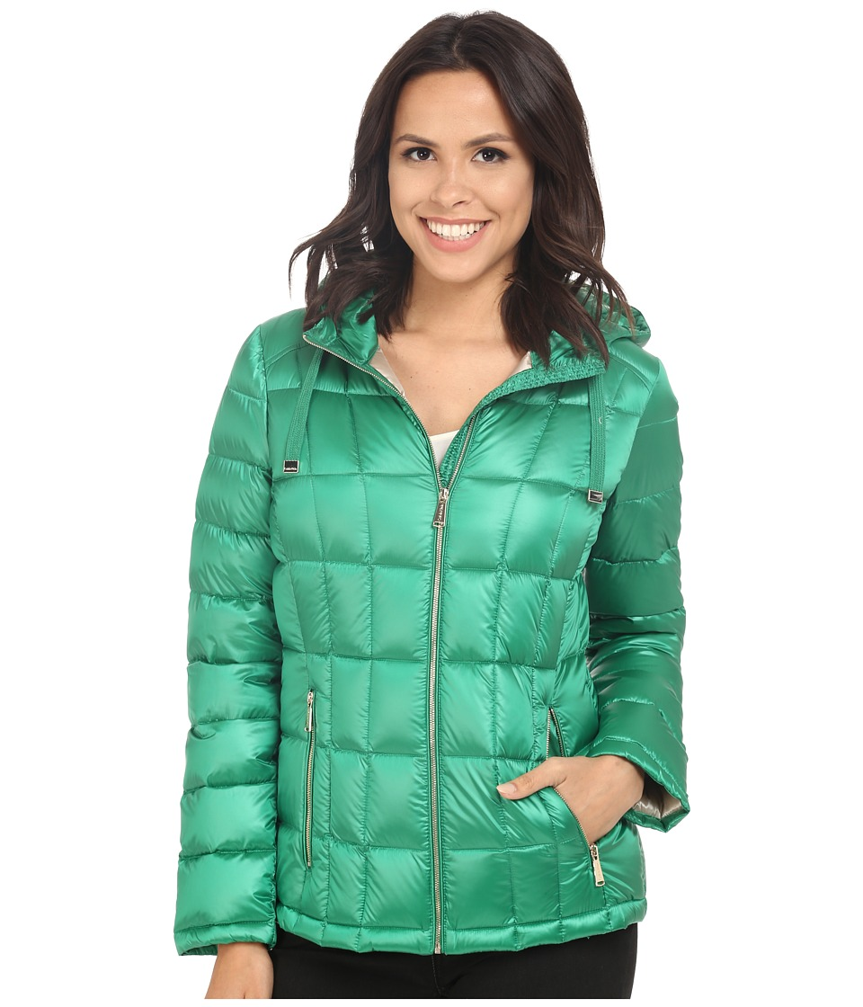 Calvin Klein - Short Hooded Lightweight Packable Down (Pearlized Kelly Green) Women