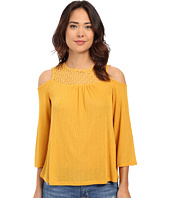 ONLY - Mie 3/4 Sleeve Top with Shoulder Cut Out