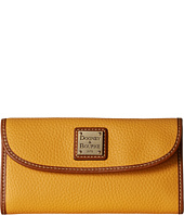 Dooney & Bourke - Pebble Continental Clutch