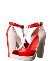 Melissa Shoes - Bite