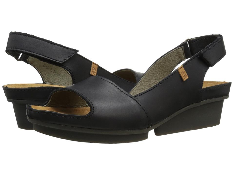 El Naturalista Code ND25 Black Womens Shoes