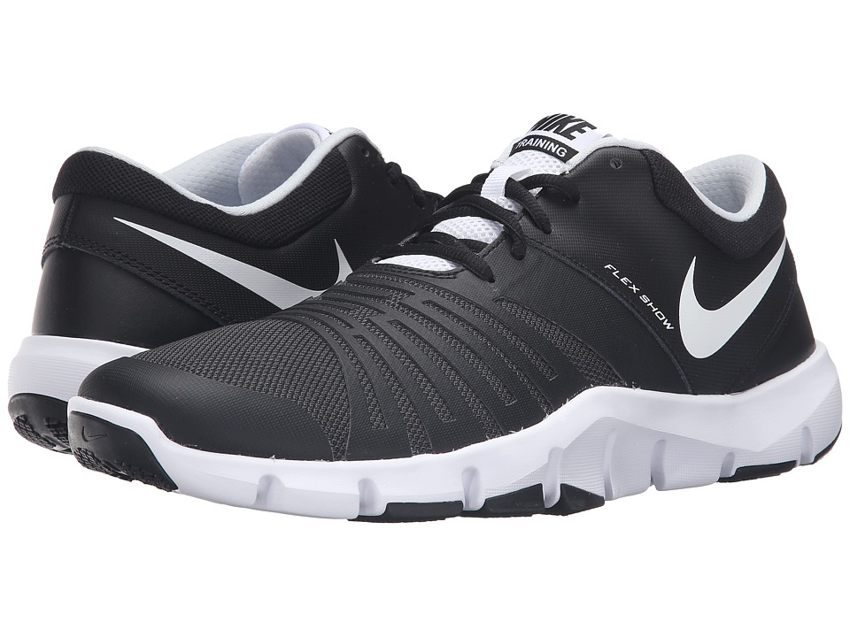 Nike - Flex Show TR 5 (Black/White) Mens Cleated Shoes