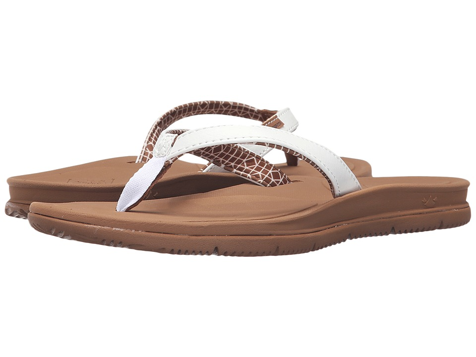 Freewaters Tall Girl (White/Brown) Women
