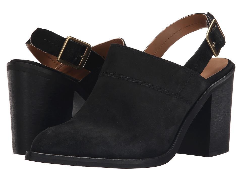 Report Yakima Black Womens Shoes