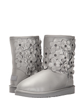 UGG Kids - Classic Short Flora (Big Kid)