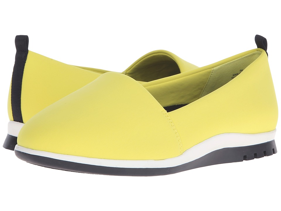 Nine West Burkland2 Yellow Fabric Womens Shoes