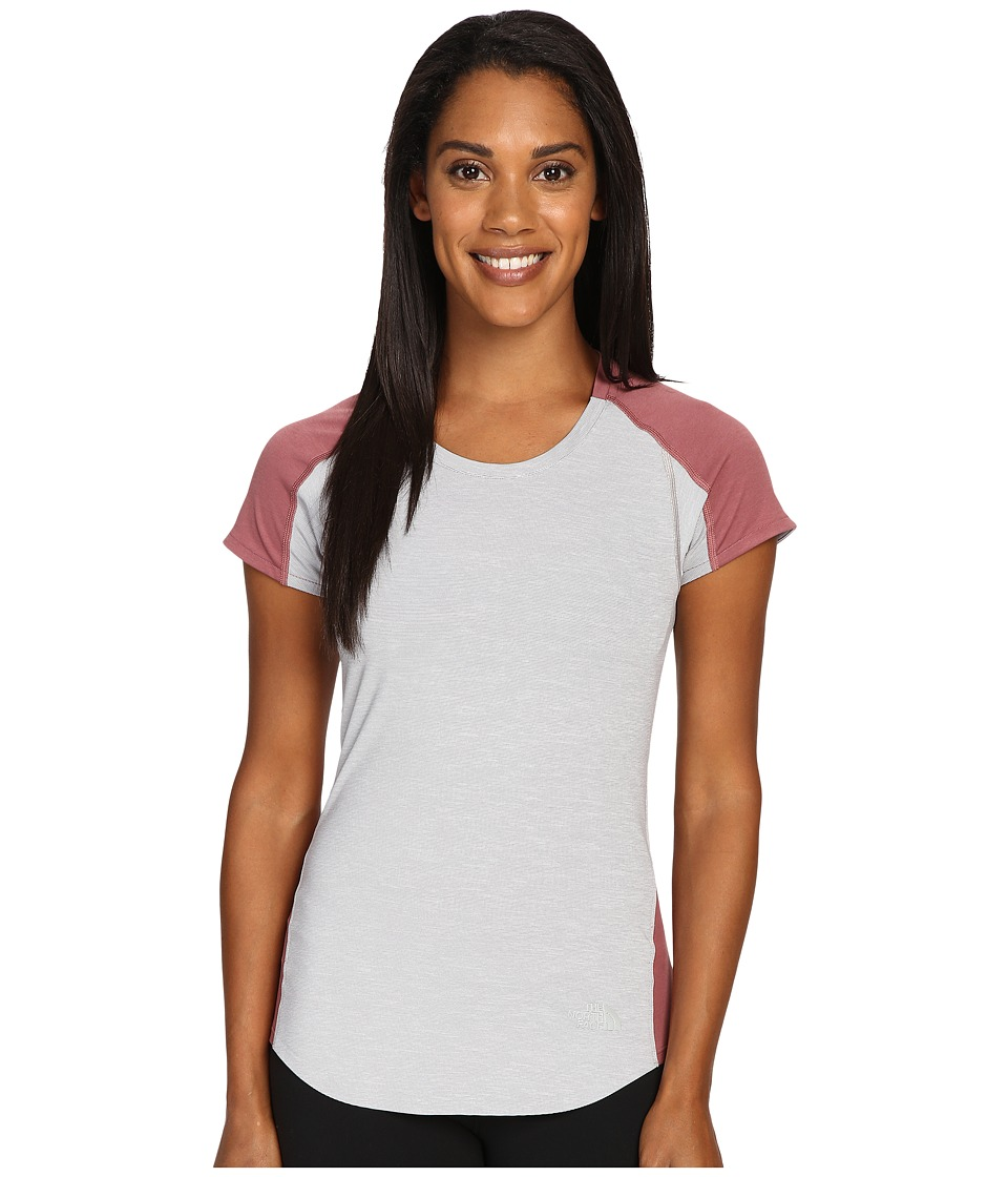 The North Face - Dynamix Short Sleeve (TNF Light Grey Heather/Renaissance Rose (Prior Season)) Womens Short Sleeve Pullover