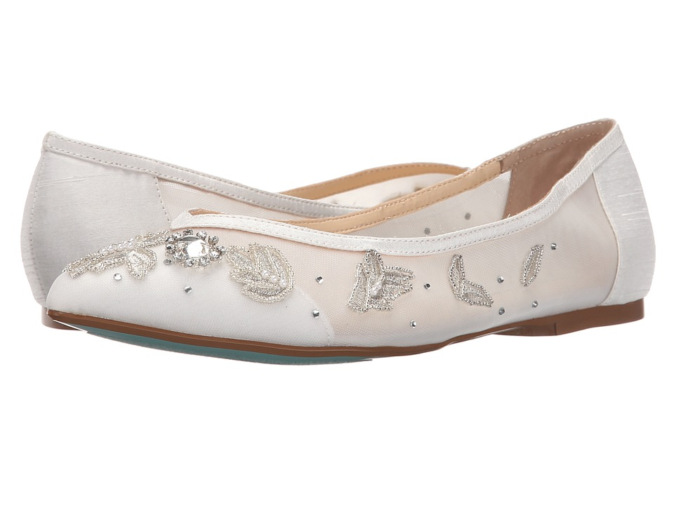 Blue by Betsey Johnson Adele Ivory Womens Flat Shoes