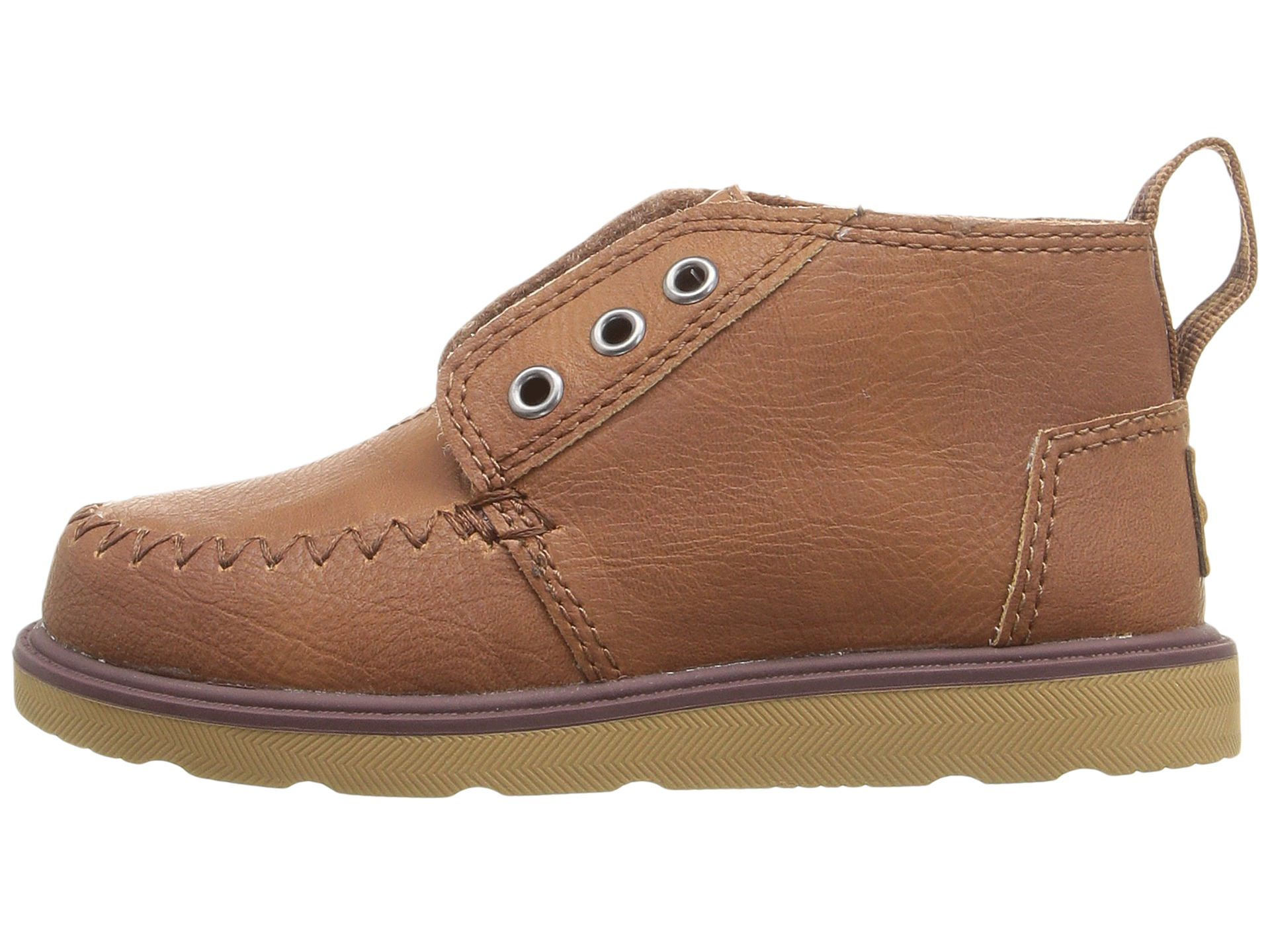 Free shipping and returns on TOMS Chukka Boot (Baby, Walker, Toddler, Little Kid & Big Kid) at disborunmaba.ga A moc-stitched toe adds cool style to an adorably handsome chukka boot cast in a smooth, leather-like finish/5(38).