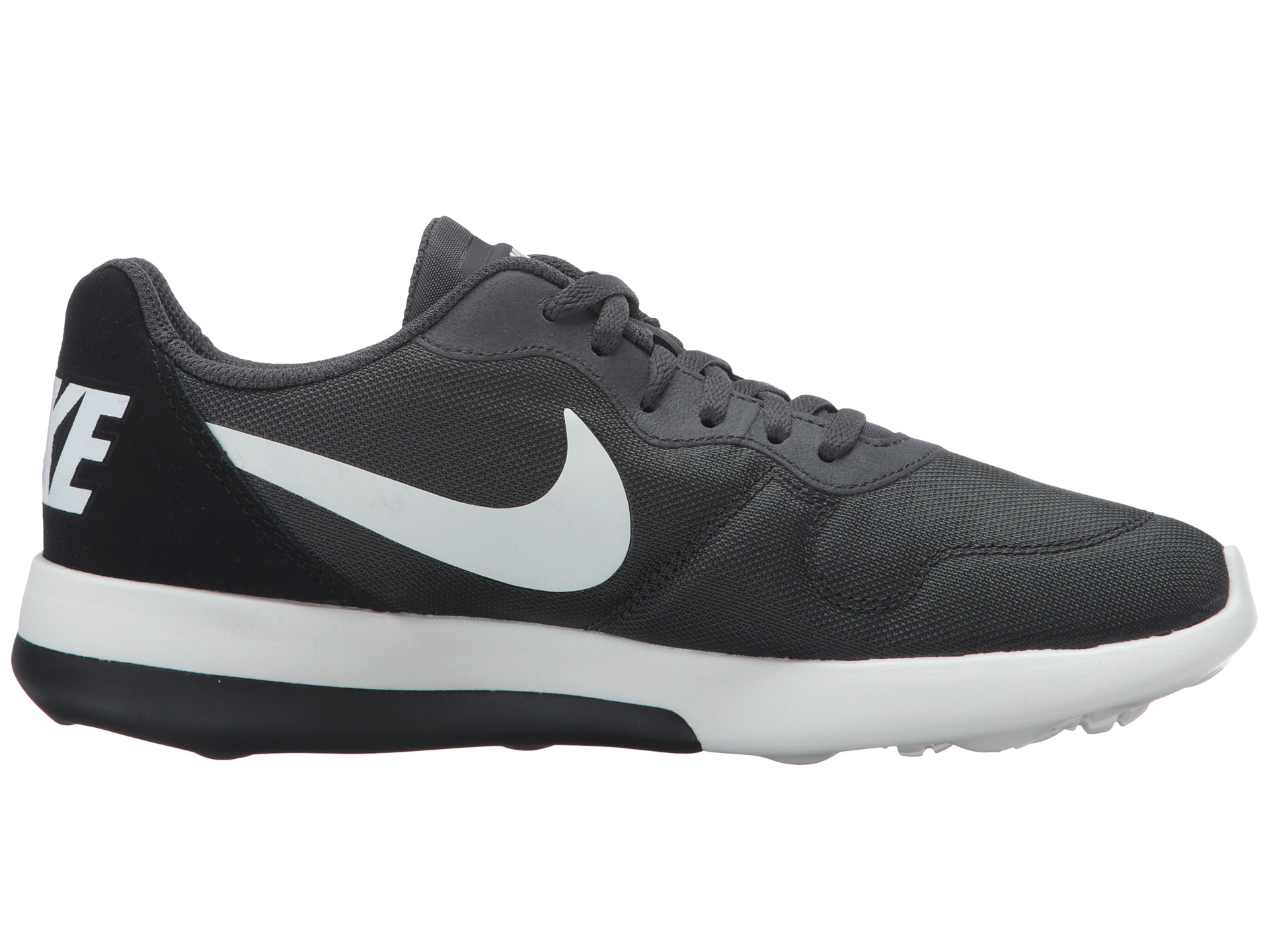 nike shox chaussure de course poursuite - Nike MD Runner 2 LW - Zappos.com Free Shipping BOTH Ways