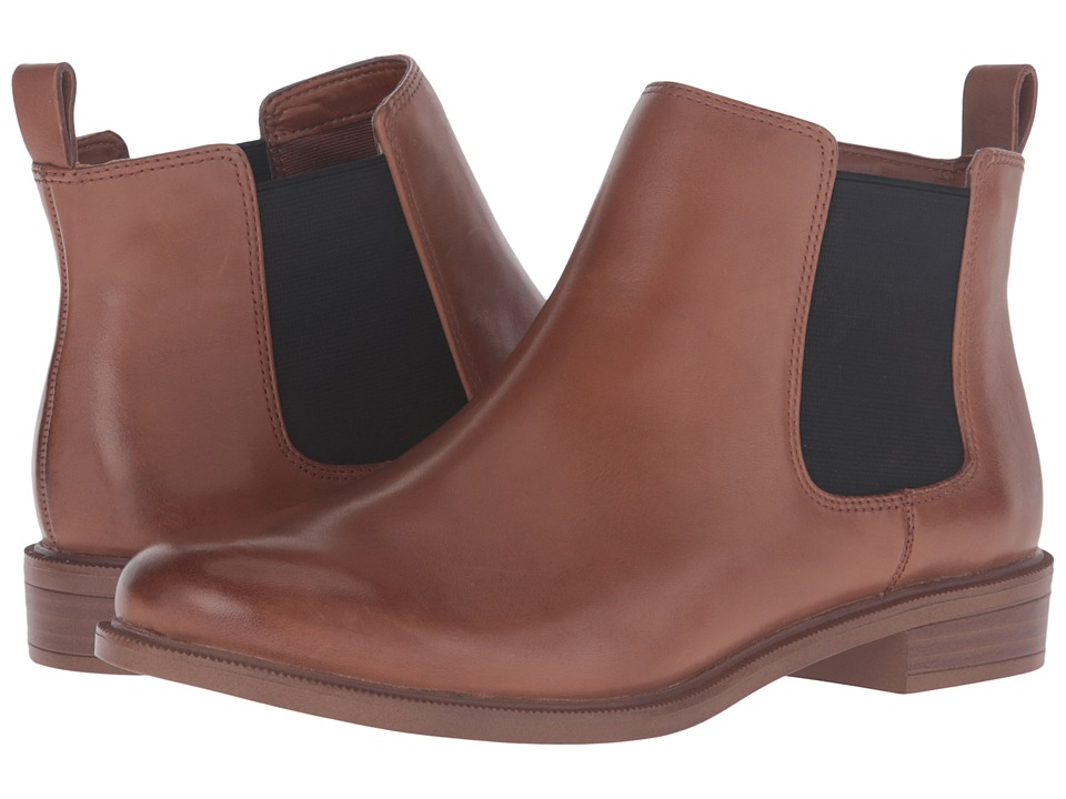 Clarks - Taylor Shine (Tan Leather) Women