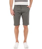 Mavi Jeans - Jacob Twill Shorts in Army Twill