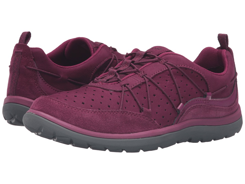 Clarks Aria Flyer (Plum Leather) Women
