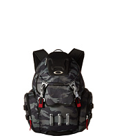 Oakley - Bathroom Sink Backpack