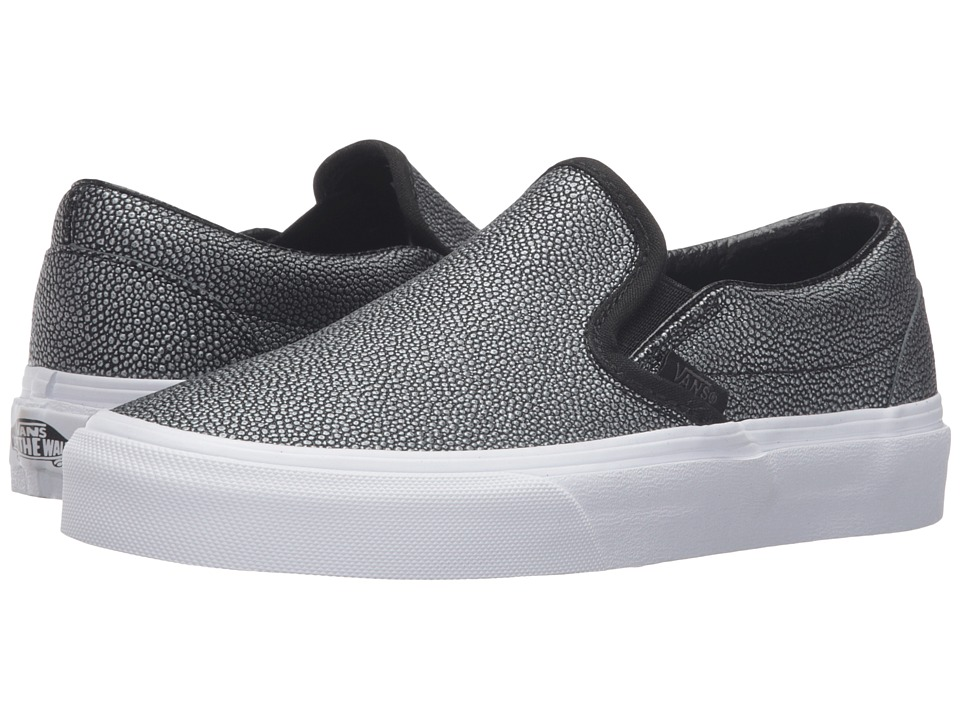 Vans Classic Slip-On ((Embossed Stingray) Black) Skate Shoes