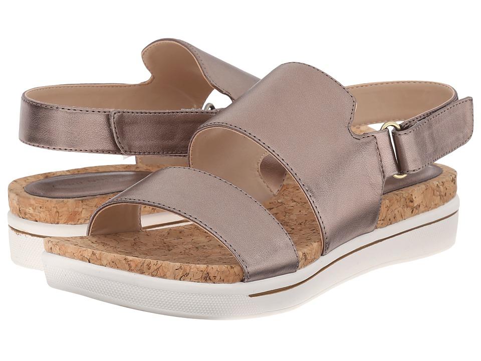 Adrienne Vittadini Chuckie Champagne Metallic Womens Sandals