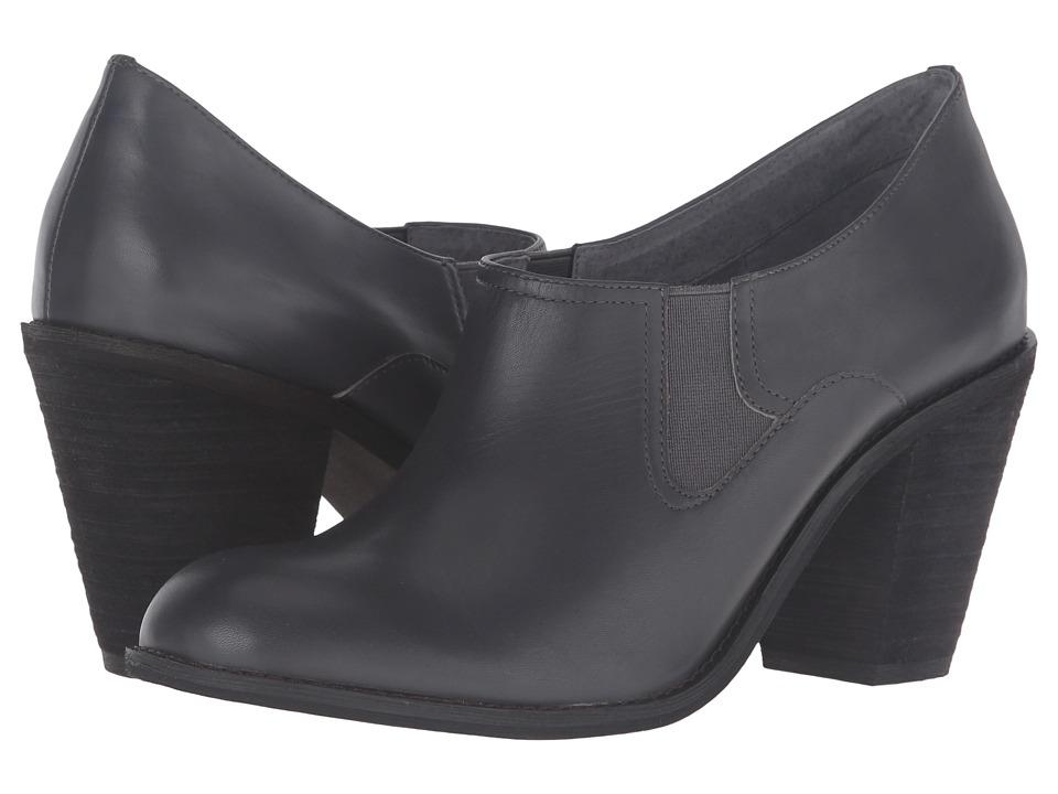 SoftWalk - Fargo (Dark Grey Smooth Leather) High Heels