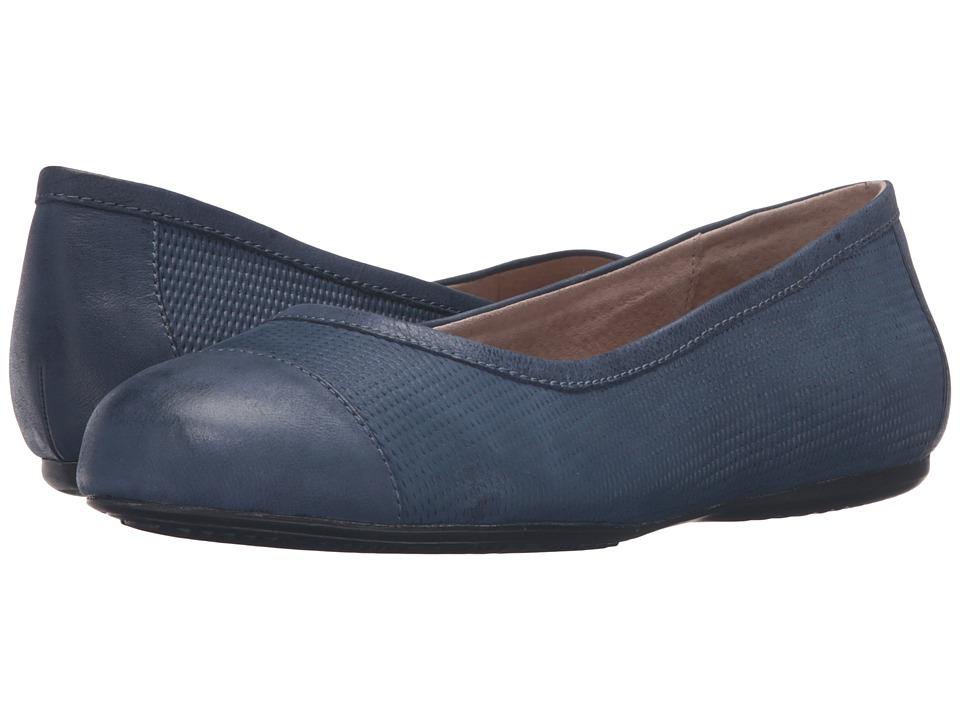 SoftWalk - Napa (Navy Nubuck Embossed Leather/Leather) Women