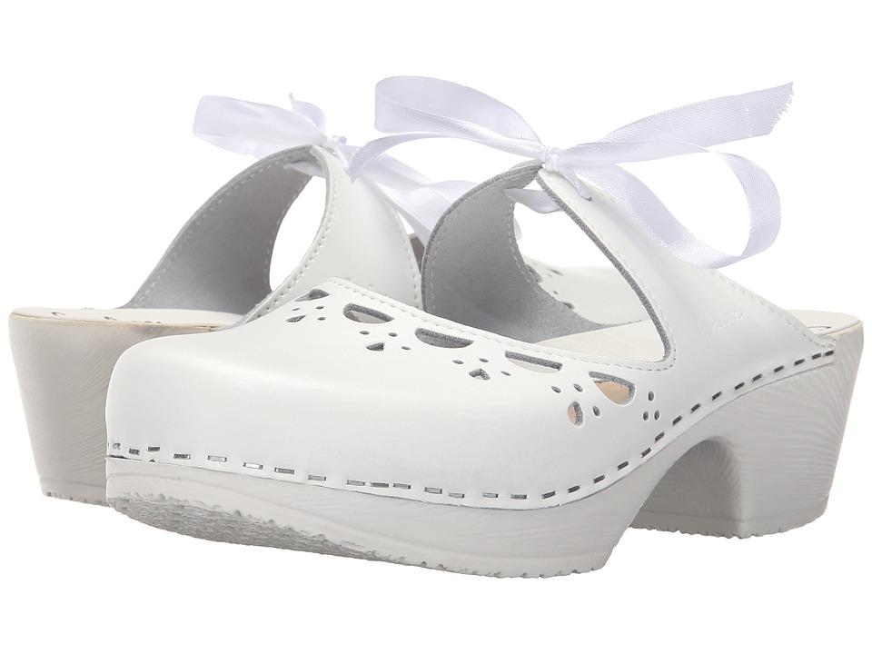 Calou Stockholm Knyta White Womens Shoes