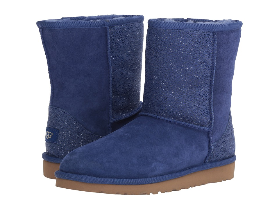 Ugg Kids - Classic Short Serein (Big Kid) (Night Sky) Gir...