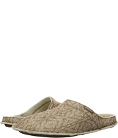 Crocs - Classic Cable Knit Slipper