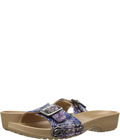 Crocs - Sanrah Graphic Sandal
