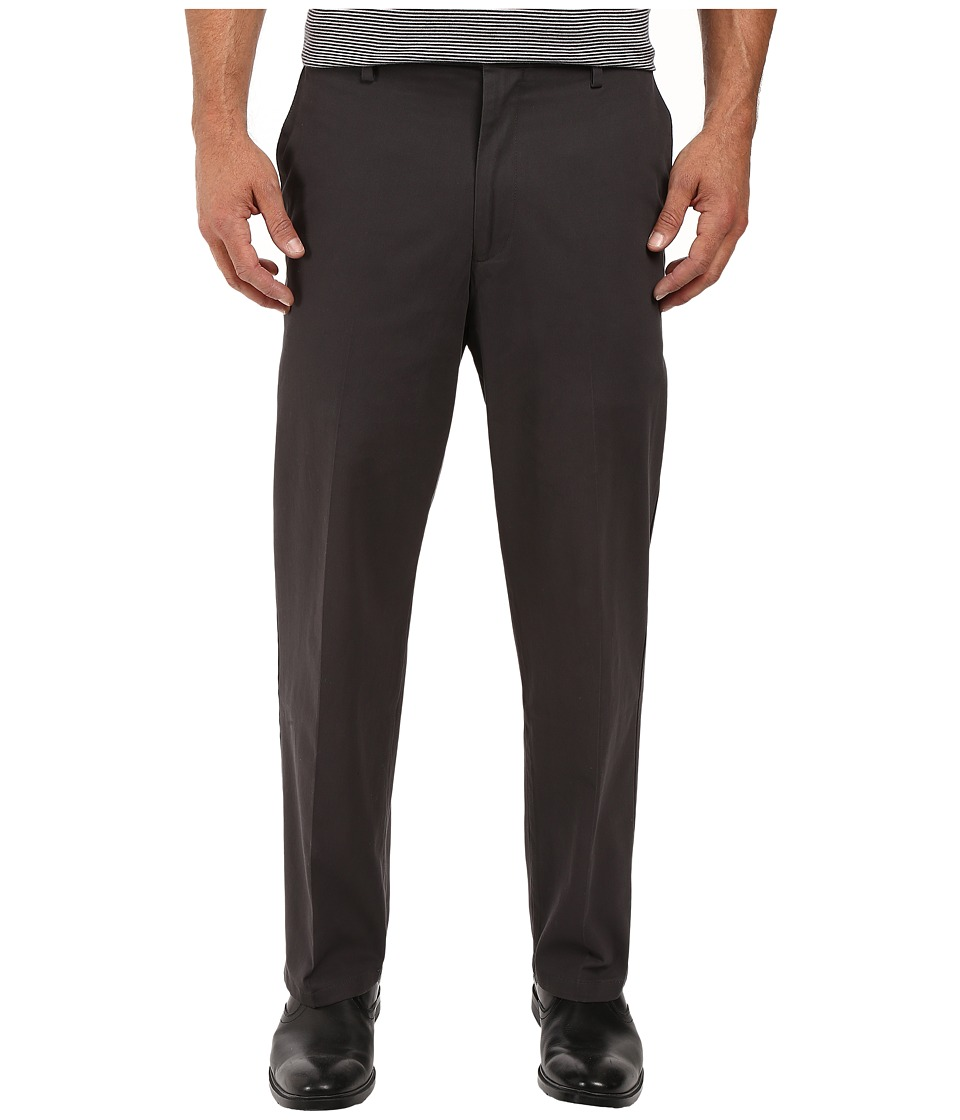 Dockers - Signature Stretch Relaxed Flat Front (Steelhead) Mens Casual Pants
