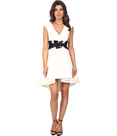Halston Heritage - Cap Sleeve V-Neck Structured Dress with Orchid Applique