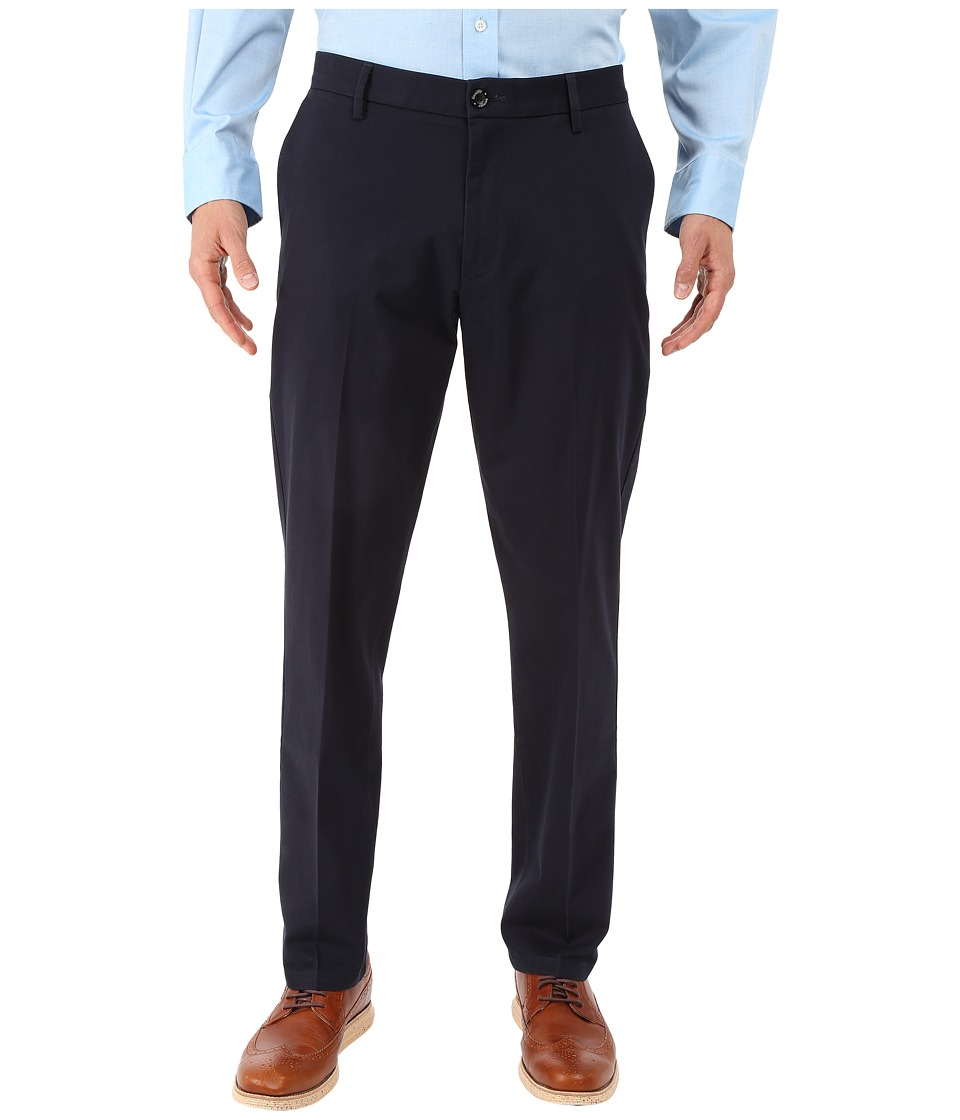 Dockers - Signature Khaki Athletic Flat Front Stretch (Dockers Navy) Mens Casual Pants