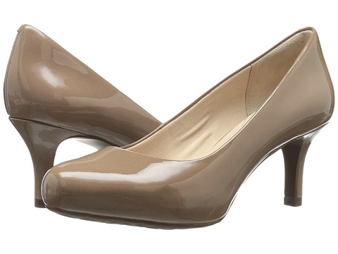 Rockport Seven to 7 Low Pump - Rich Taupe Patent