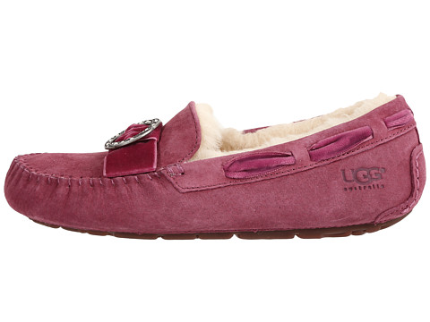 6pm ugg sneakers
