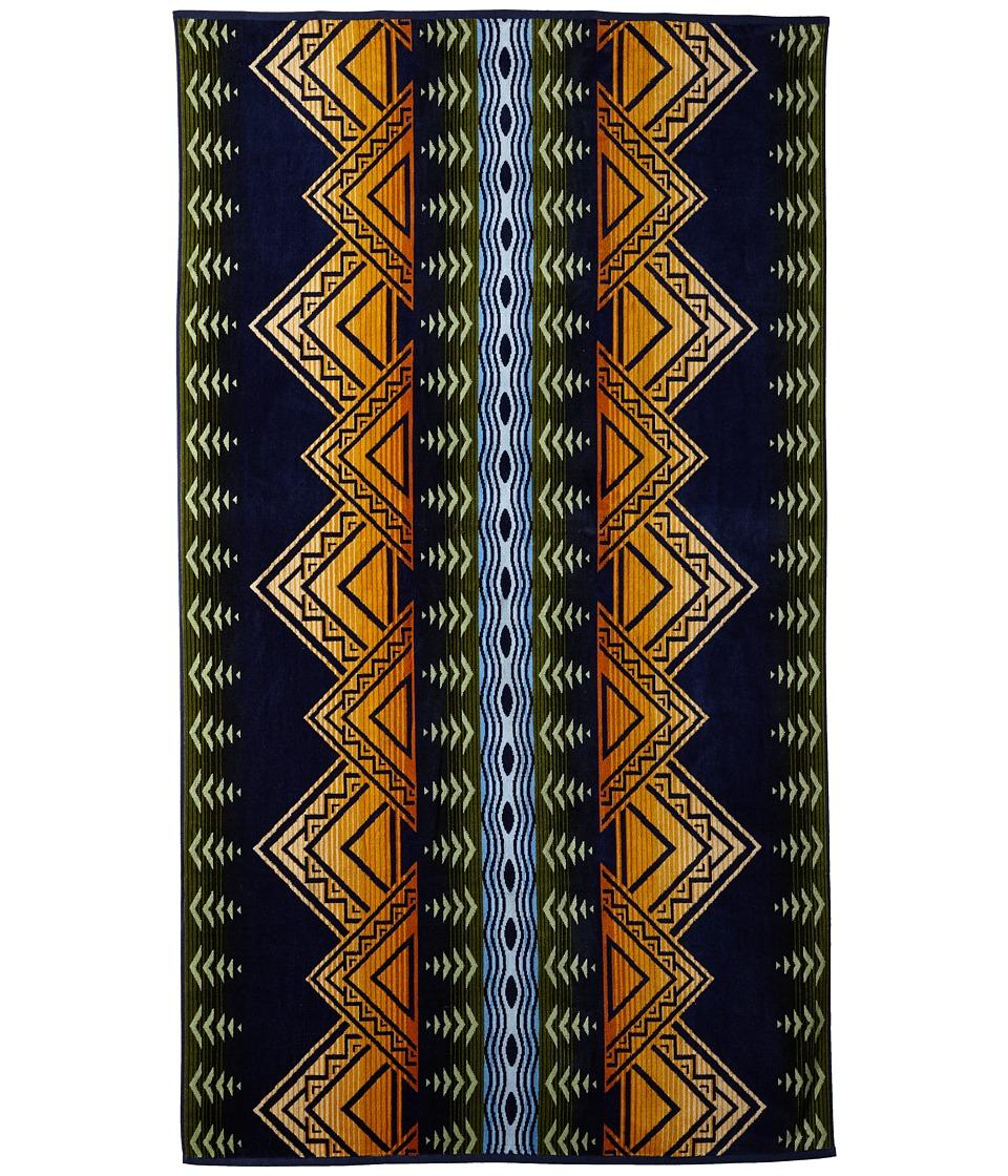 Pendleton Oversized Jacquard Towel (American Treasures) B...