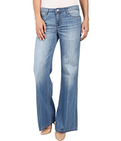 Calvin Klein Jeans - Easy Flare Jeans in Parker