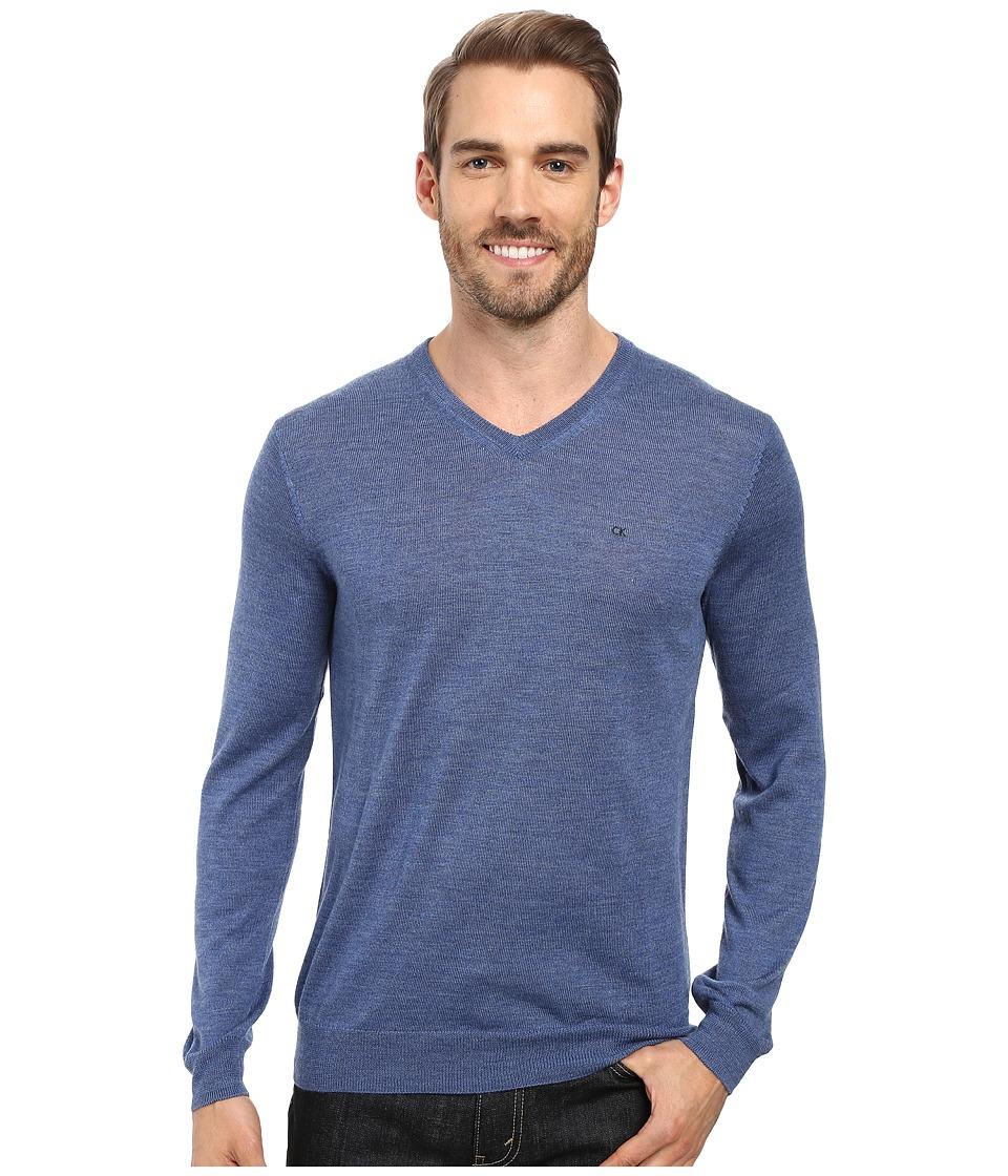 Calvin Klein - Merino Moon and Tipped V-Neck Sweater (Shuttle) Men