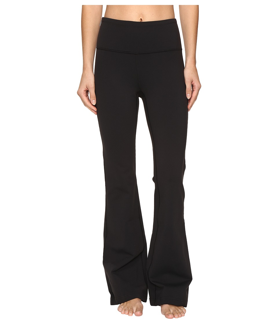 Lucy Strong Is Beautiful Flare Pants (Lucy Black) Women