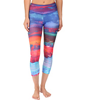 Onzie - White Sands Graphic Capris