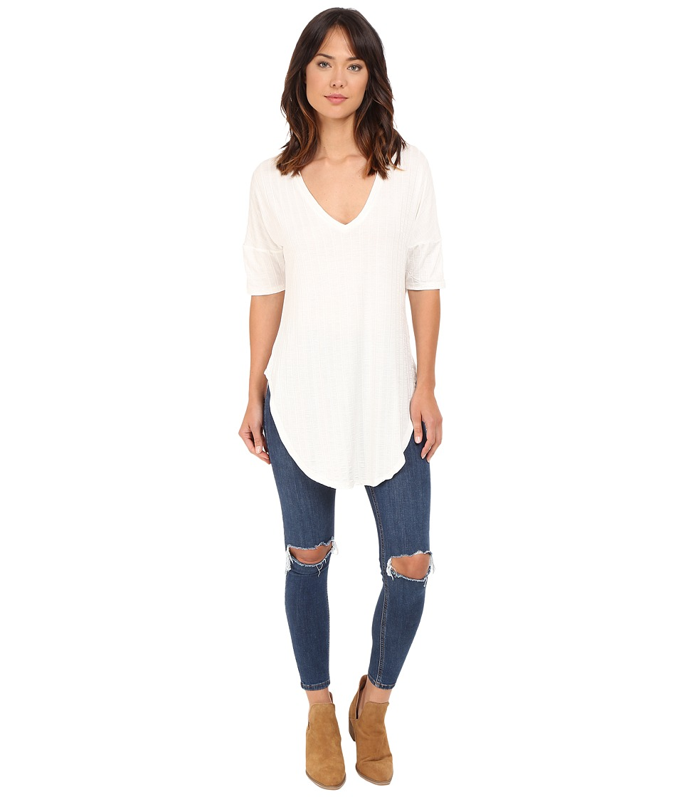Lucy Love V Neck Tunic Crystal White Womens Blouse