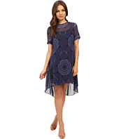 Donna Morgan - Cold Shoulder Poly Chiffon Trapeze Dress