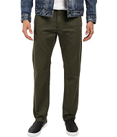 Dockers Men's - Washed Khaki Slim Tapered