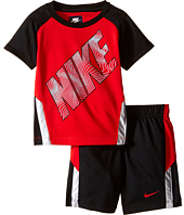 Nike Kids - Raglan Short Sleeve Shorts Set (Infant)