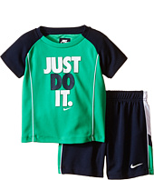 Nike Kids - Just Do It™ Raglan Short Sleeve Shorts Set (Infant)