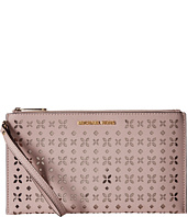 MICHAEL Michael Kors - Jet Set Travel Large Zip Clutch